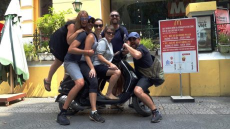LOCAL STUDENTS-LOCAL-LIFE-FOODIE-MOTORBIKE PRIVATE TOUR-4-HOUR